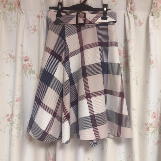 BURBERRY BLUE LABEL(バーバリーブルーレーベル)のブルーレーベル クレストブリッジ チェック スカート♡ 限定カラー レディースのスカート(ひざ丈スカート)の商品写真