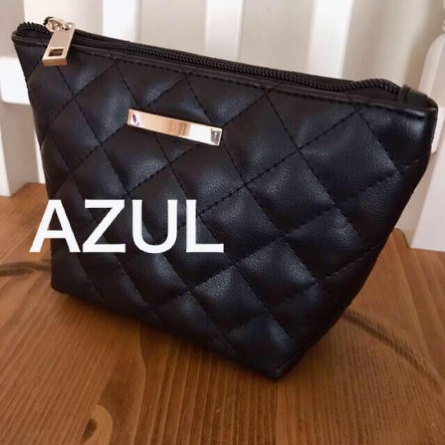 AZUL by moussy(アズールバイマウジー)のAZULポーチ レディースのファッション小物(ポーチ)の商品写真
