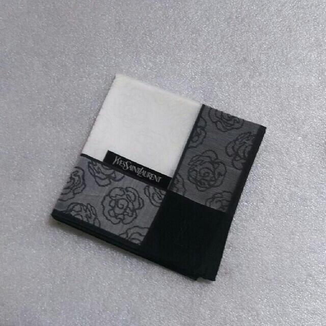Saint Laurent(サンローラン)のイヴサンローラン☆大判ハンカチ🌹 レディースのファッション小物(ハンカチ)の商品写真