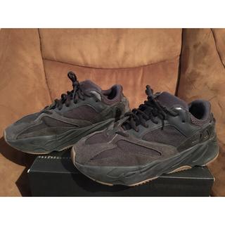 アディダス(adidas)のYEEZY BOOST 700 UTILITY BLACK  FV5304(スニーカー)