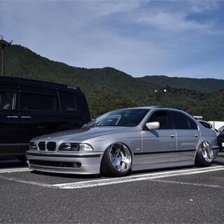 BMW - BMW e39 525i