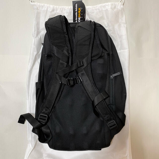Y-3(ワイスリー)の新品未使用!送料込み★Y-3★CLASSIC BACKPACK バックパック メンズのバッグ(バッグパック/リュック)の商品写真