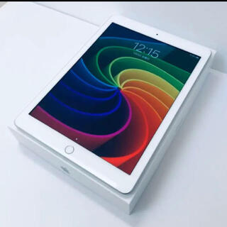 iPad - iPad 第5世代 Wi-Fi+Cellular 32GB【美品】simフリー