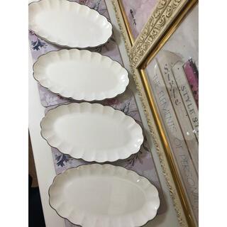 Francfranc - フランフラン  菊花皿 4枚セット 新品未使用 白いお皿 ケーキ皿