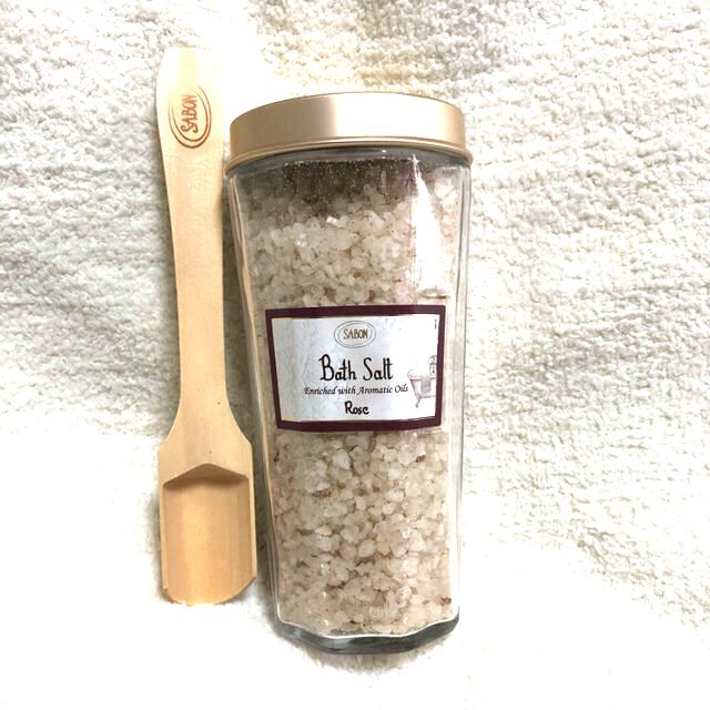 SABON(サボン)のSABON バスソルト/ローズ コスメ/美容のボディケア(入浴剤/バスソルト)の商品写真