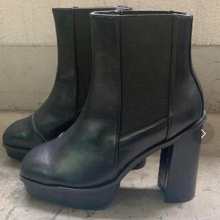 ZARA - one way サイドゴアセンター切替ブーツ
