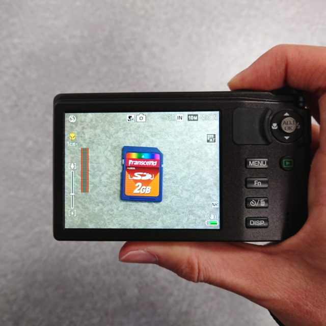 RICOH(リコー)の【送料無料】HD動画も撮影可能 デジタルカメラ RICOH CX4 スマホ/家電/カメラのカメラ(コンパクトデジタルカメラ)の商品写真