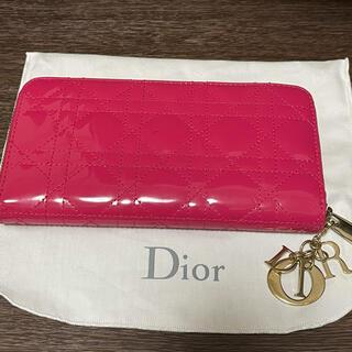 クリスチャンディオール(Christian Dior)のDior Lady diorレディディオール 財布 フクシア ピンク エナメル(財布)