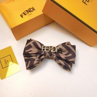 FENDI - 💜カコイイ💜FENDIフェンディヘアピン ちょう結び レディース リボン