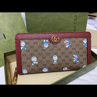 グッチ(Gucci)のGUCCIグッチドラえもんDORAEMON ジップアラウンドウォレットレッド系 (財布)