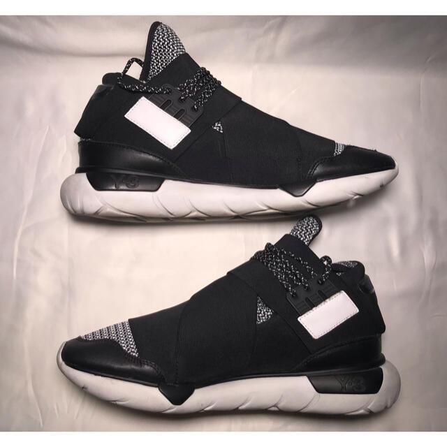 Y-3(ワイスリー)のY-3 QASA HIGH BLACK/WHITE 26.0cm メンズの靴/シューズ(スニーカー)の商品写真