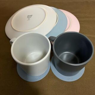 イケア(IKEA)の[お得!!] IKEA お皿3枚 マグカップ2枚(コースター付)(食器)