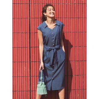 ジャスグリッティー(JUSGLITTY)の新品未使用 ジャスグリッティー フレンチスリーブパール釦抜け衿ワンピース(ひざ丈ワンピース)