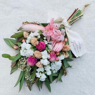 ドライフラワーのスワッグ❁ミニスワッグ❁ユーカリとお花のスワッグ❁(ドライフラワー)