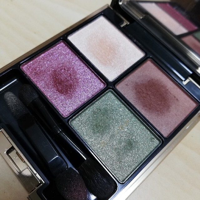 SUQQU(スック)のSUQQU デザイニングカラーアイズ 14 コスメ/美容のベースメイク/化粧品(アイシャドウ)の商品写真