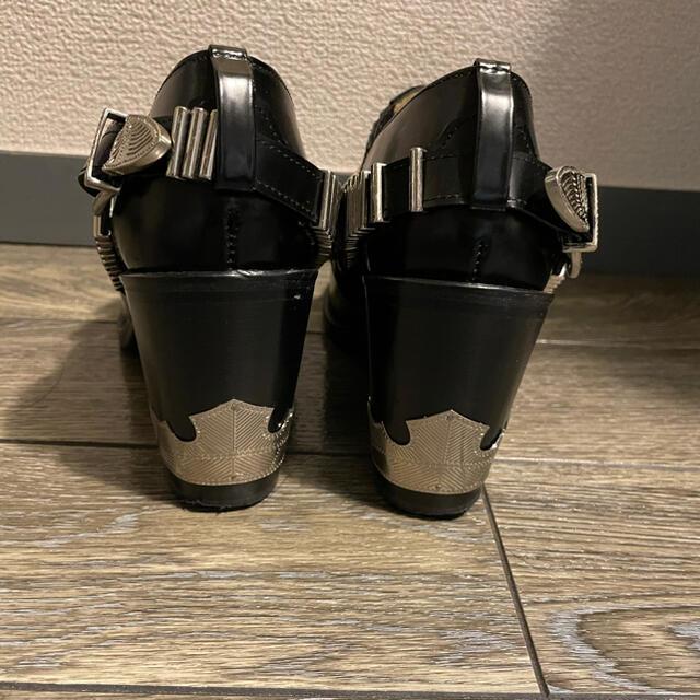 TOGA(トーガ)のトーガ プルラ TOGA PULLA ARCHIVES メタルバック ブーティー レディースの靴/シューズ(ブーツ)の商品写真