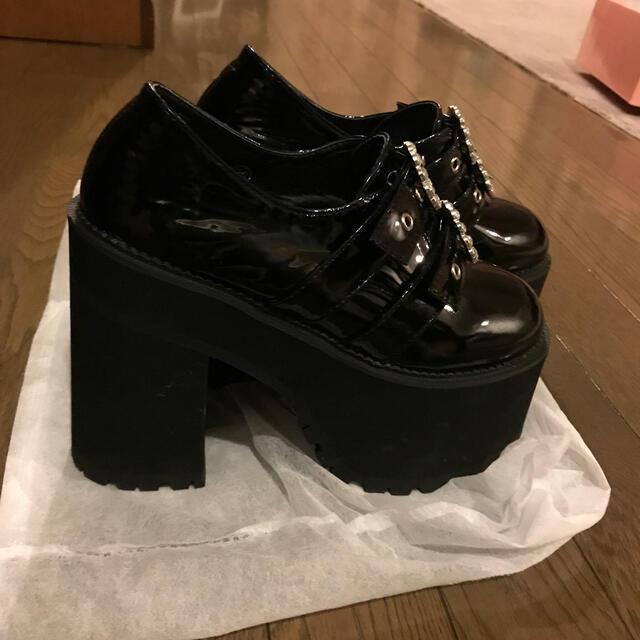 Bubbles(バブルス)のBUBBLES  エナメル厚底 レディースの靴/シューズ(ハイヒール/パンプス)の商品写真