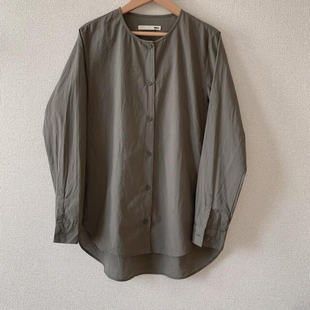 evam eva(エヴァムエヴァ)のevam eva コットンスリットシャツ レディースのトップス(シャツ/ブラウス(長袖/七分))の商品写真