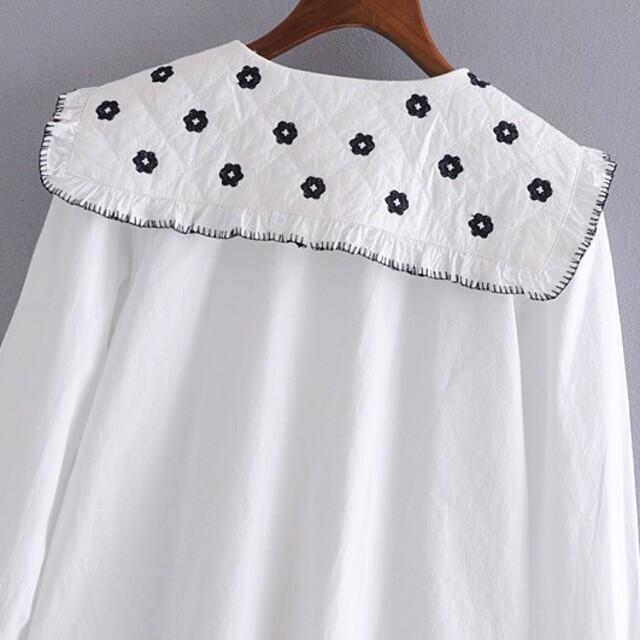 花刺繍 セーラー襟 シャツ ブラウス レディースのトップス(シャツ/ブラウス(長袖/七分))の商品写真