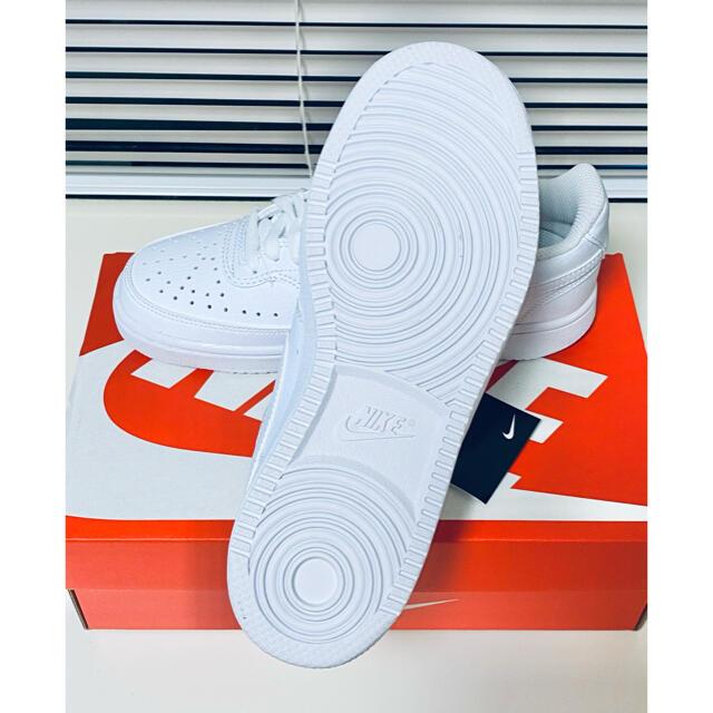 NIKE(ナイキ)の23.5cm NIKE コートビジョン ウィメンズ LOW SL レディースの靴/シューズ(スニーカー)の商品写真