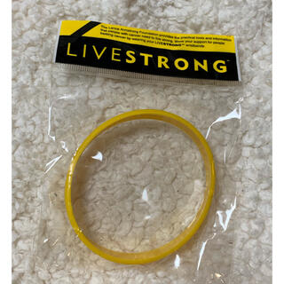 ナイキ(NIKE)のリブストロング LIVESTRONG  ラバーブレスレット NIKE(バングル/リストバンド)