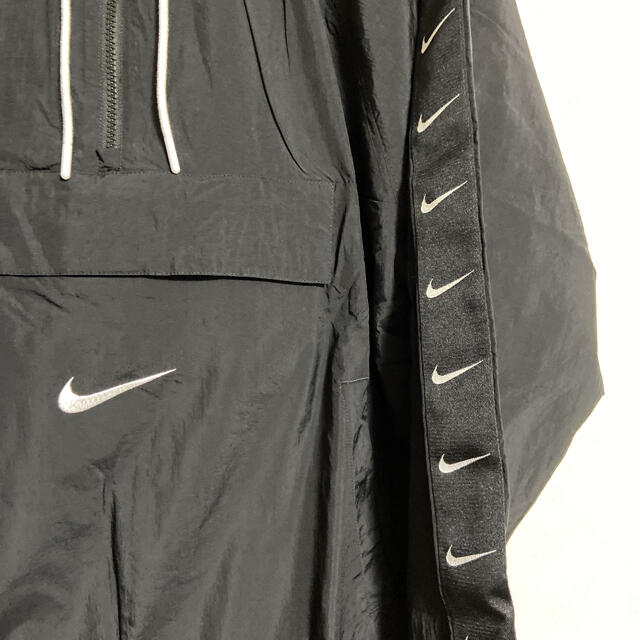 NIKE(ナイキ)のメンズ ウーブン ジャケット ナイキ スポーツウェア スウッシュ Lサイズ メンズのジャケット/アウター(ナイロンジャケット)の商品写真