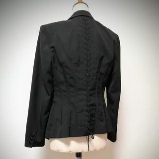 ジャンポールゴルチエ(Jean-Paul GAULTIER)の後ろ編み上げジャケット(テーラードジャケット)