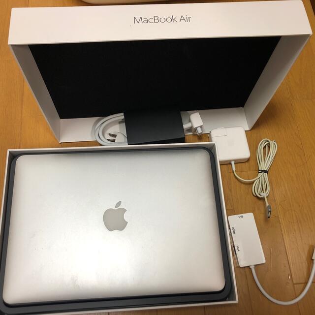 Apple(アップル)のmacbook air 13inch eary2015 マックブックエアー スマホ/家電/カメラのPC/タブレット(ノートPC)の商品写真