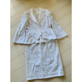 ジュンアシダ(jun ashida)のTAE ASHIDA ジャケットスーツ 9号 白 レース オーガンジー(スーツ)