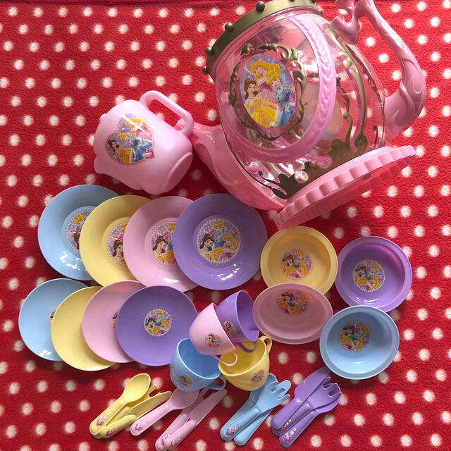 Disney(ディズニー)のディズニープリンセス おままごとセット キッズ/ベビー/マタニティのおもちゃ(知育玩具)の商品写真