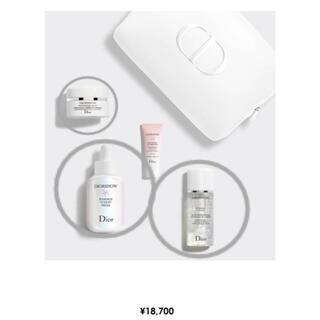 クリスチャンディオール(Christian Dior)のDior スノーエッセンスコフレ(化粧水/ローション)