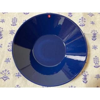 イッタラ(iittala)の【新品、廃盤カラー】イッタラ ティーマ ディーププレート ブルー21センチ(食器)