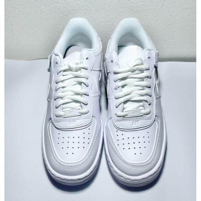 NIKE(ナイキ)のNIKE エアフォース 1 シャドウ エアフォースワン ナイキ スニーカー 白 レディースの靴/シューズ(スニーカー)の商品写真