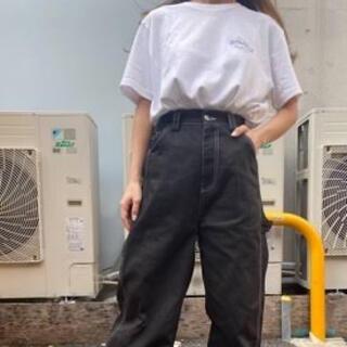 SPINNS - スパークルバッグプリントTシャツ
