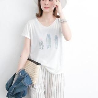 アーバンリサーチ(URBAN RESEARCH)の☆アーバンリサーチ  リゾートTシャツ 新品未使用☆(Tシャツ(半袖/袖なし))