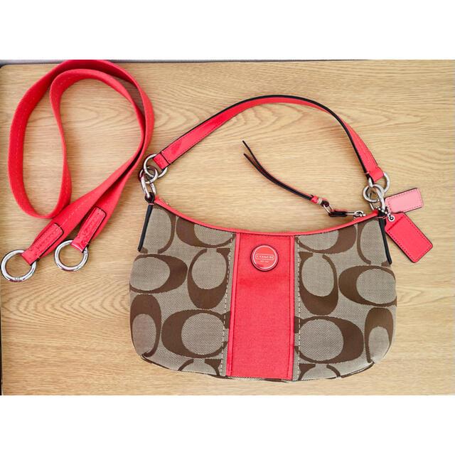 COACH(コーチ)のCOACH★ショルダーバッグ★ハンドバッグ★ピンク レディースのバッグ(ショルダーバッグ)の商品写真