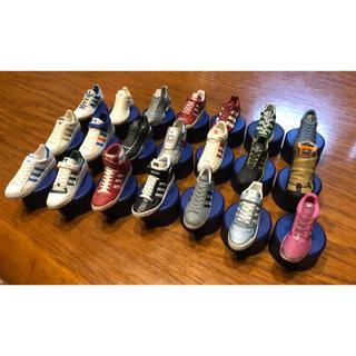 アディダス(adidas)のペプシ adidas アディダス スニーカー 靴 ボトルキャップ 美品(ノベルティグッズ)
