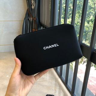CHANEL - 在庫処分新品 シャネルノベルティポーチ 箱付き
