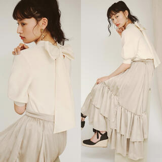 Lily Brown - 新品 コットンリボン付きニットトップス Lily Brown