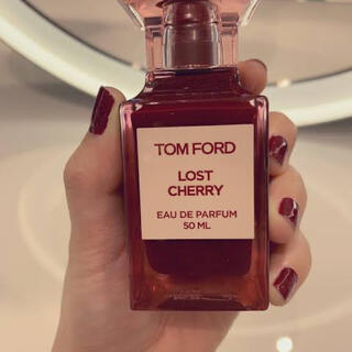 トムフォード(TOM FORD)の量り売り最安値ロストチェリー♡トムフォード香水♡(リップグロス)
