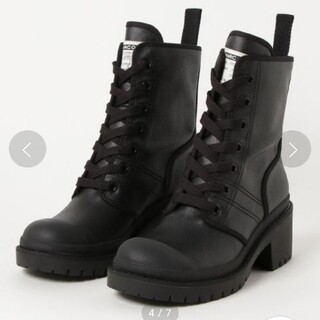 MARC JACOBS - 【美品】MARC JACOBS  ブーツ ブラック 22.5cm