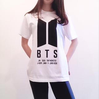 ボウダンショウネンダン(防弾少年団(BTS))の防弾少年団 BTS ロゴTシャツ Mサイズ(Tシャツ(半袖/袖なし))