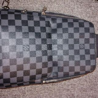 LOUIS VUITTON - 【 匿名配送、送料込 】ルイヴィトン Louis Vuitton ボディーバッグ