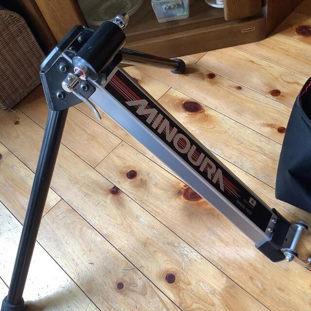 ミノウラ ローラー台 FG220 スポーツ/アウトドアの自転車(その他)の商品写真