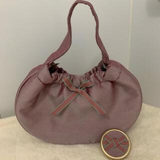 エスティローダー(Estee Lauder)の【新品未使用】リボンが可愛い♡ふわふわハンドバッグ&ミラー エスティローダー(ハンドバッグ)