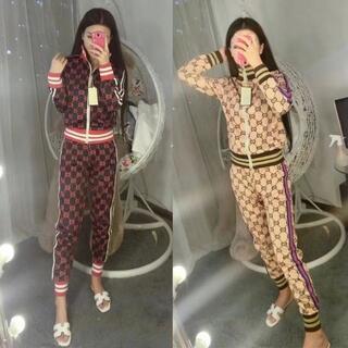 Gucci - ダブルGトップとパンツスーツ
