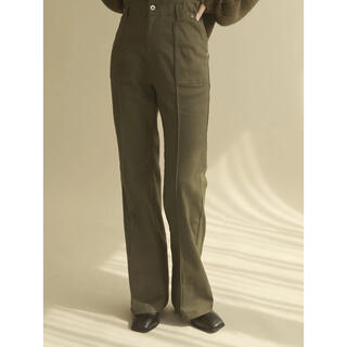 TODAYFUL - louren  stretch semiflare pants  (カーキ)