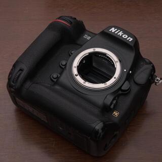 Nikon - ニコン D5 XQDタイプ メーカー各部点検済み