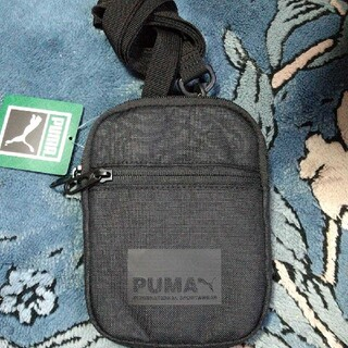 プーマ(PUMA)のショルダーバッグ(ショルダーバッグ)