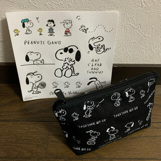 SNOOPY - UNIQLO × SNOOPYポーチ シール付き